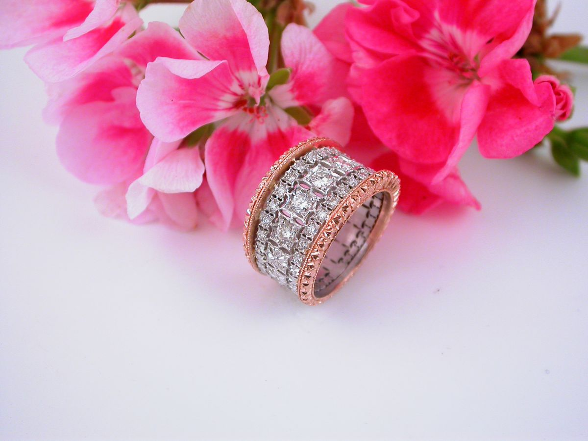 Ring - Collection The Florentine Style - Wedding Ring Pink